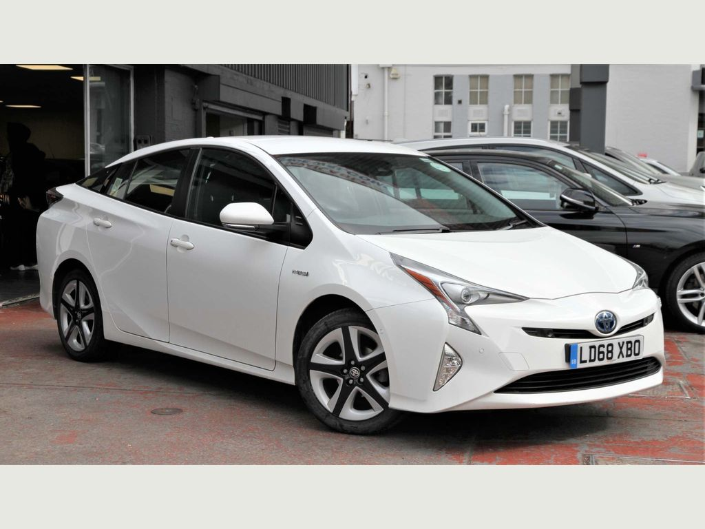 Toyota Prius Hatchback 1.8 VVT-h Business Edition Plus CVT (s/s) 5dr (15in Alloy)