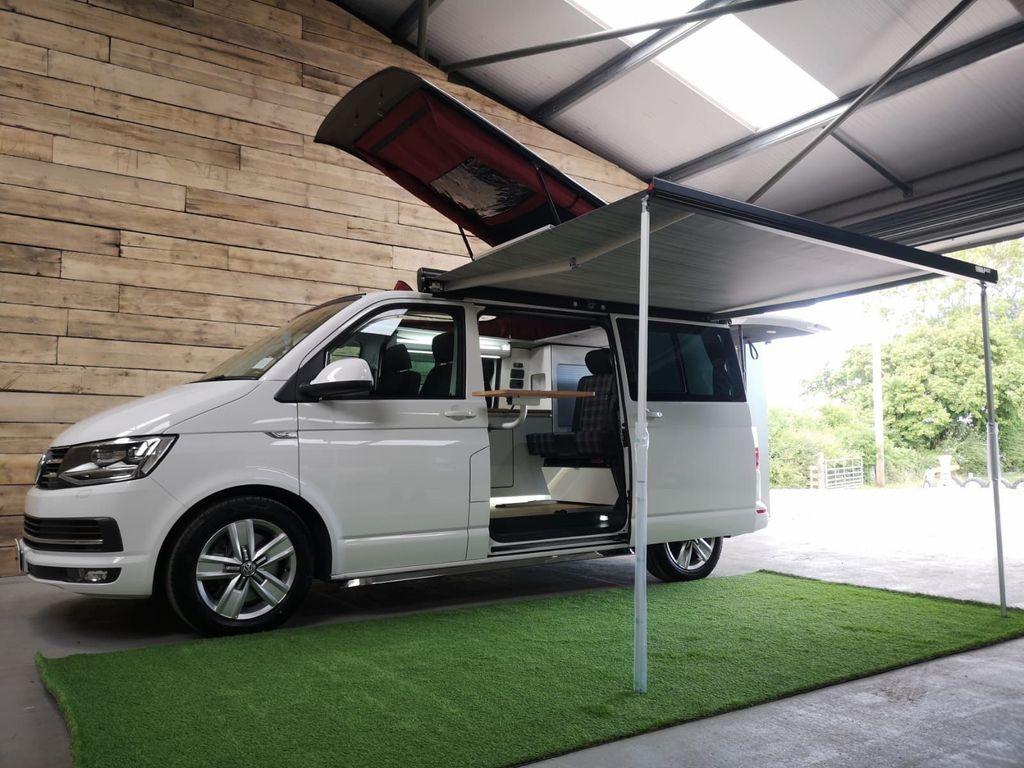 Volkswagen Transporter Combi Van 2.0 BiTDI T32 BlueMotion Tech Highline Crew Van DSG FWD (s/s) 5dr