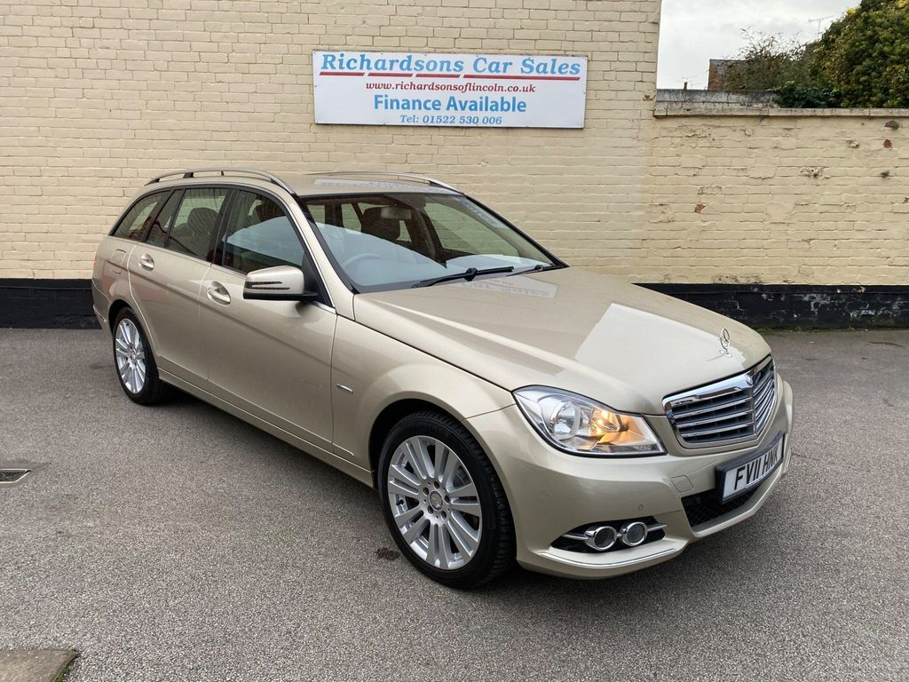 Mercedes-Benz C Class Estate 2.1 C200 CDI BlueEFFICIENCY Elegance G-Tronic 5dr