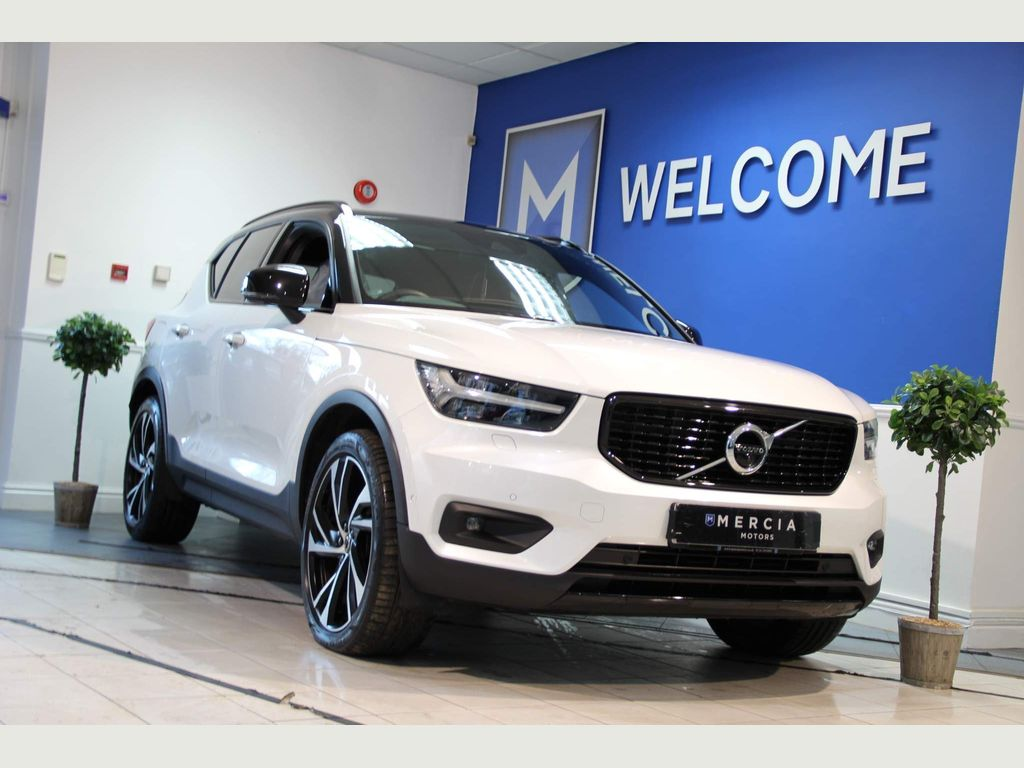 Volvo XC40 SUV 2.0 D4 First Edition SUV 5dr Diesel Auto AWD (s/s) (190 ps)