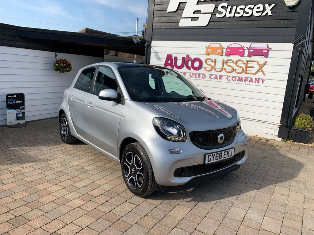 Smart forfour Hatchback EQ 17.6kWh Prime (Premium) Auto 5dr 22kW Charger