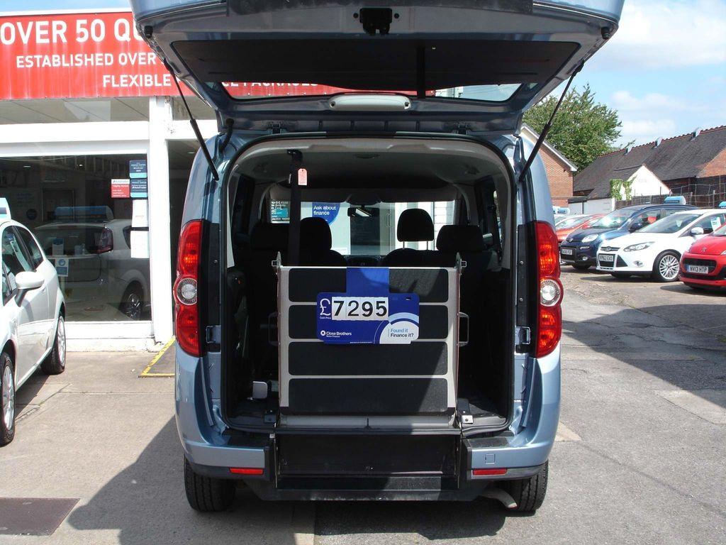 Fiat Doblo Estate 1.4 16v MyLife (s/s) 5dr