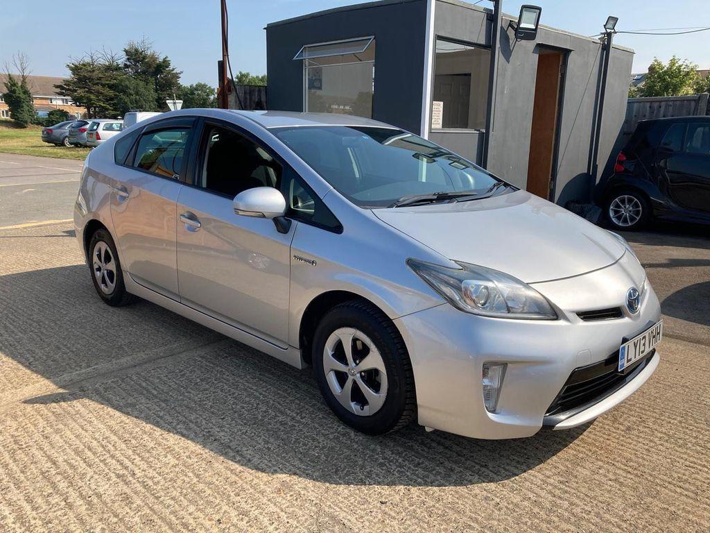 Toyota Prius Hatchback 1.8 VVT-h T4 CVT 5dr (Nav)