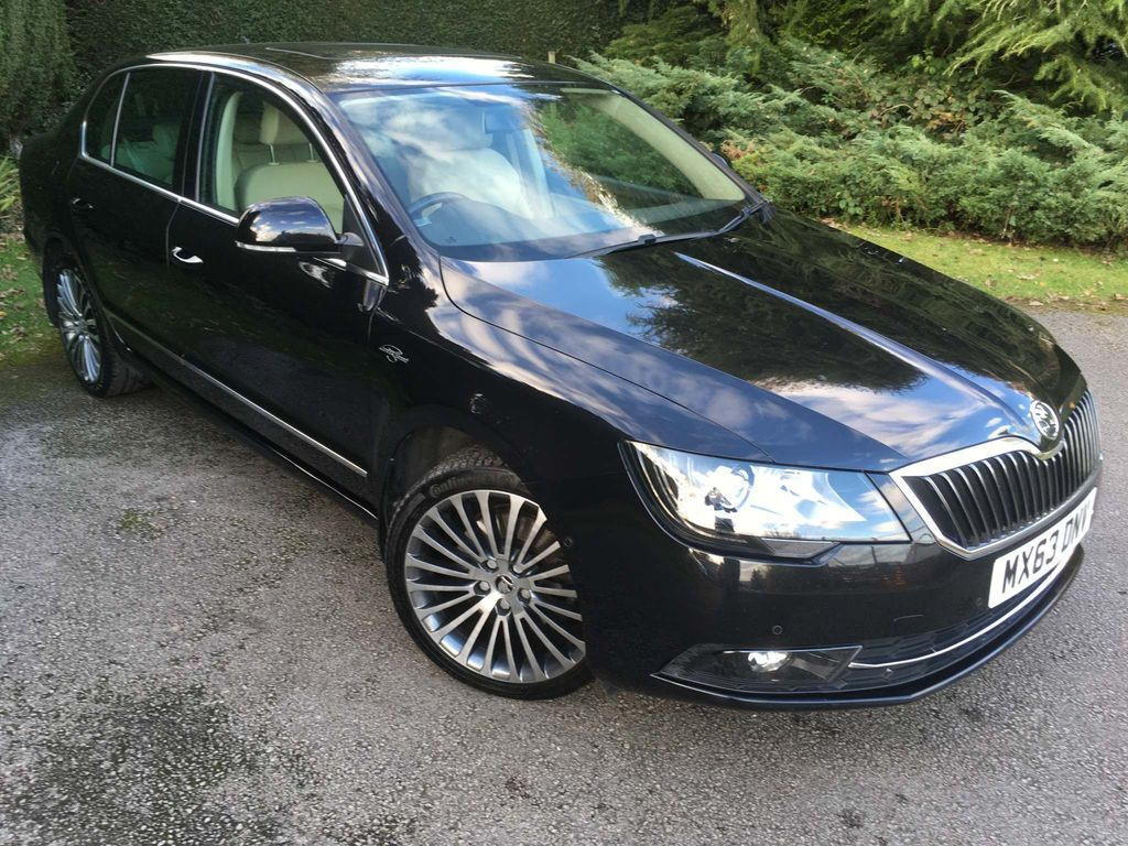 SKODA Superb Hatchback 2.0 TDI CR DPF Laurin & Klement DSG 4x4 5dr