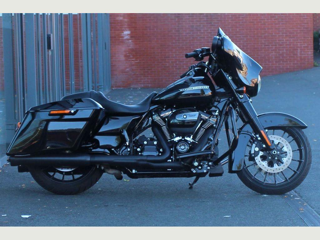 Harley-Davidson Street Glide Special Tourer 1750