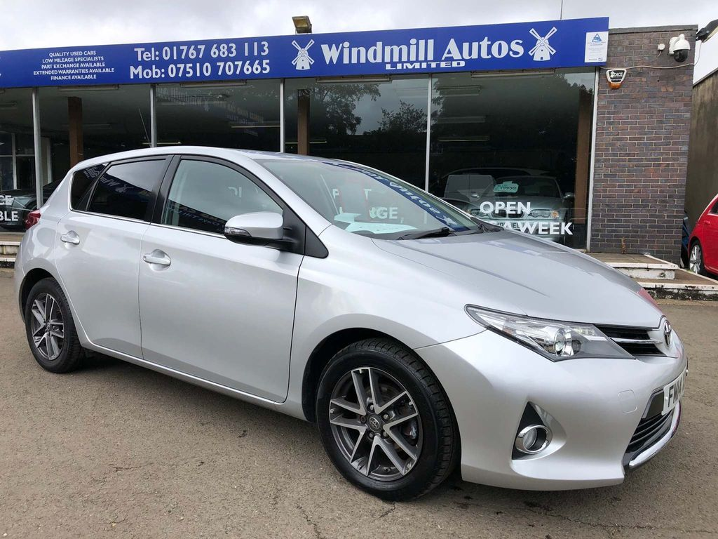 Toyota Auris Hatchback 1.6 V-Matic Icon+ M-Drive S 5dr
