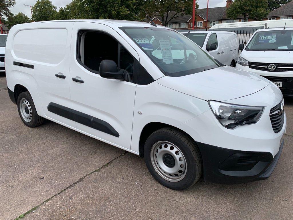 Vauxhall Combo Panel Van 1.5TDCi L2 LWB DYNAMIC (ACON/CRUISE/EU6)