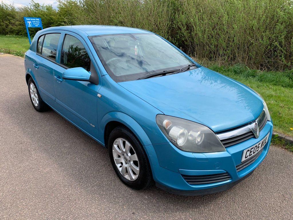 Vauxhall Astra Hatchback 1.6 i 16v Club Easytronic 5dr