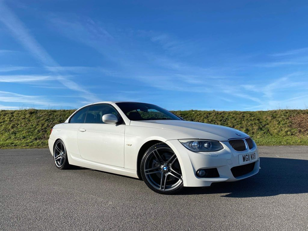 BMW 3 Series Convertible 3.0 325i M Sport Auto 2dr
