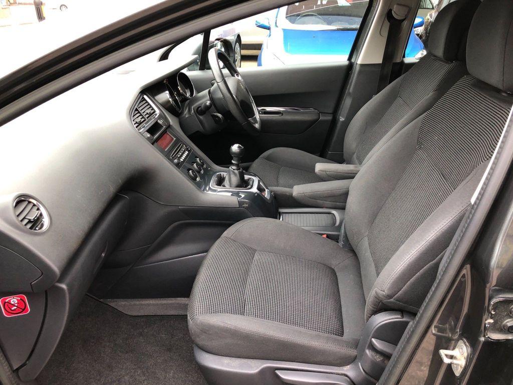 Peugeot 5008 MPV 1.6 HDi Active 5dr