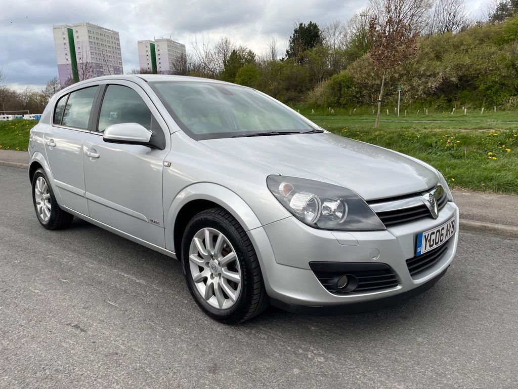 Vauxhall Astra Hatchback 1.9 CDTi 16v Elite 5dr