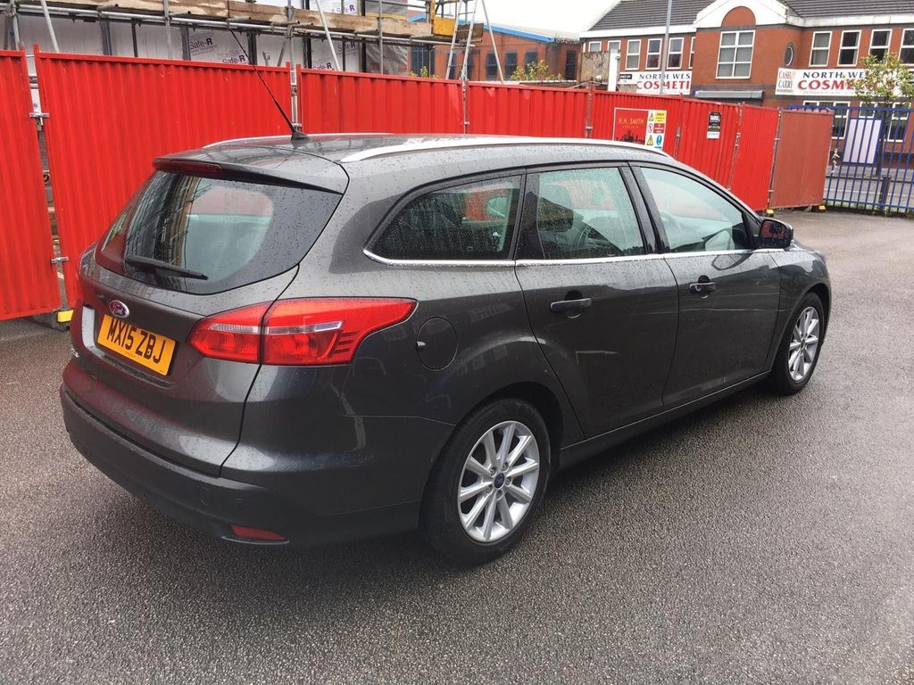 Ford Focus Estate 1.6 TDCi Titanium (s/s) 5dr