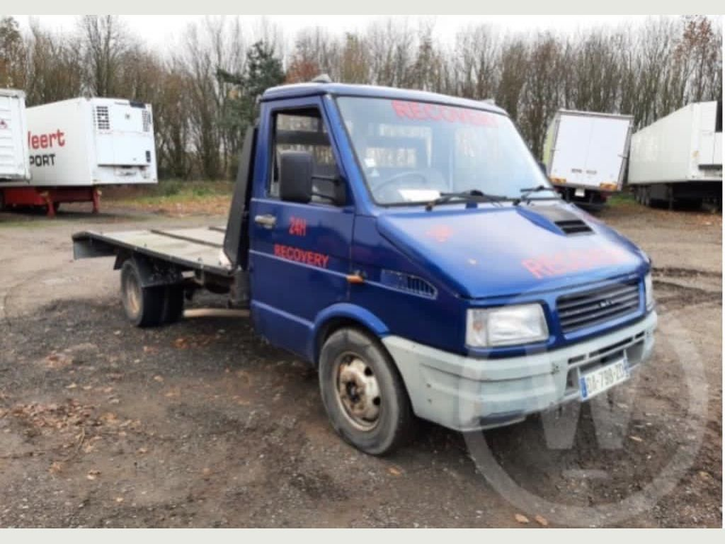 Iveco Daily Chassis Cab 2.5 TD 35.10 LWB 2dr