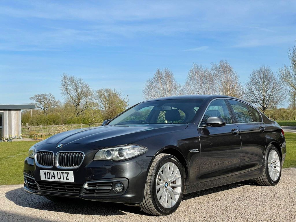 BMW 5 Series Saloon 3.0 530d Luxury 4dr