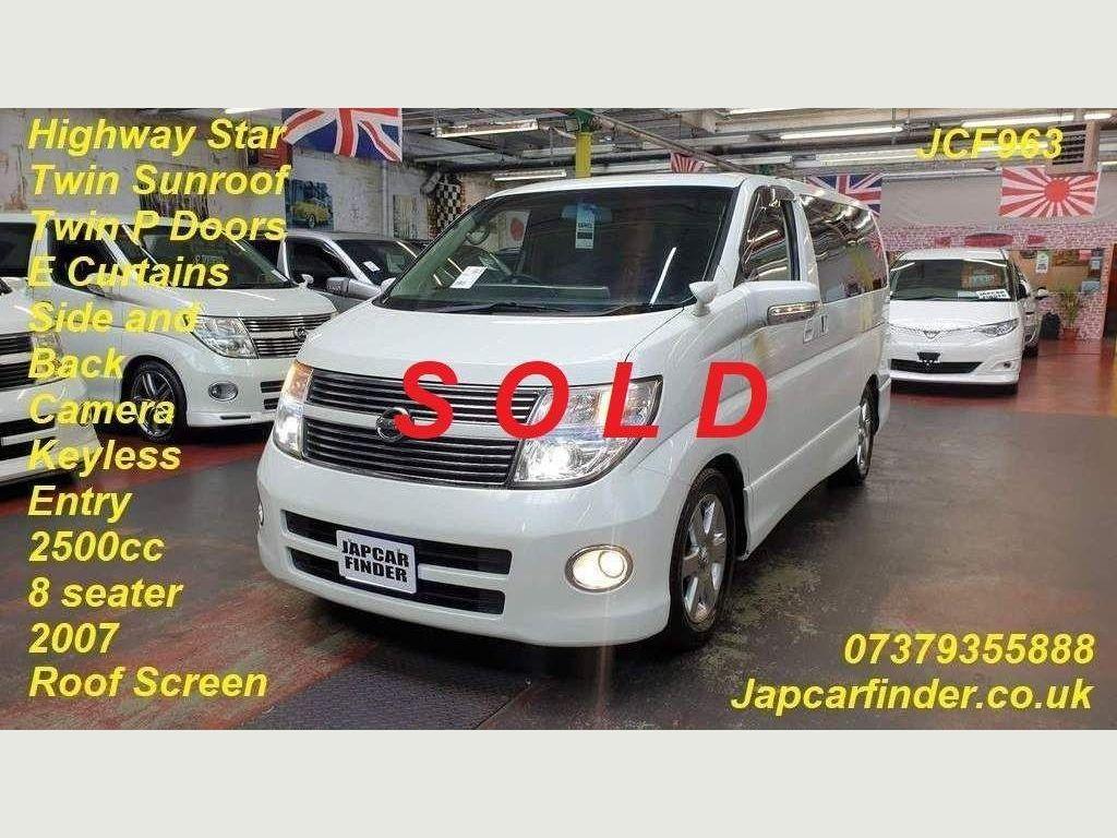 Nissan Elgrand MPV Highway Star Sunroof, Curtains, P doors