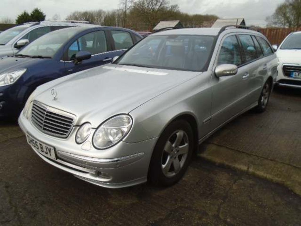 Mercedes-Benz E Class Estate 2.1 E220 CDI Avantgarde 5dr