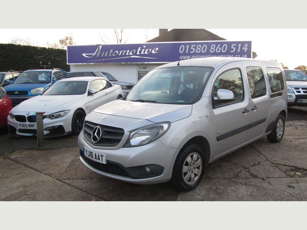 Mercedes-Benz Citan MPV 1.5 CDi BlueEFFICIENCY 111 L3 Traveliner FWD 3dr (7 Seat)