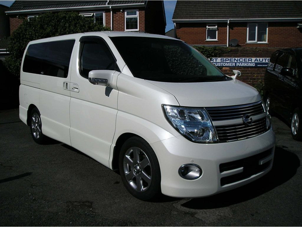 Nissan Elgrand MPV 3.5Highwaystar, leather, ULEZ friendly
