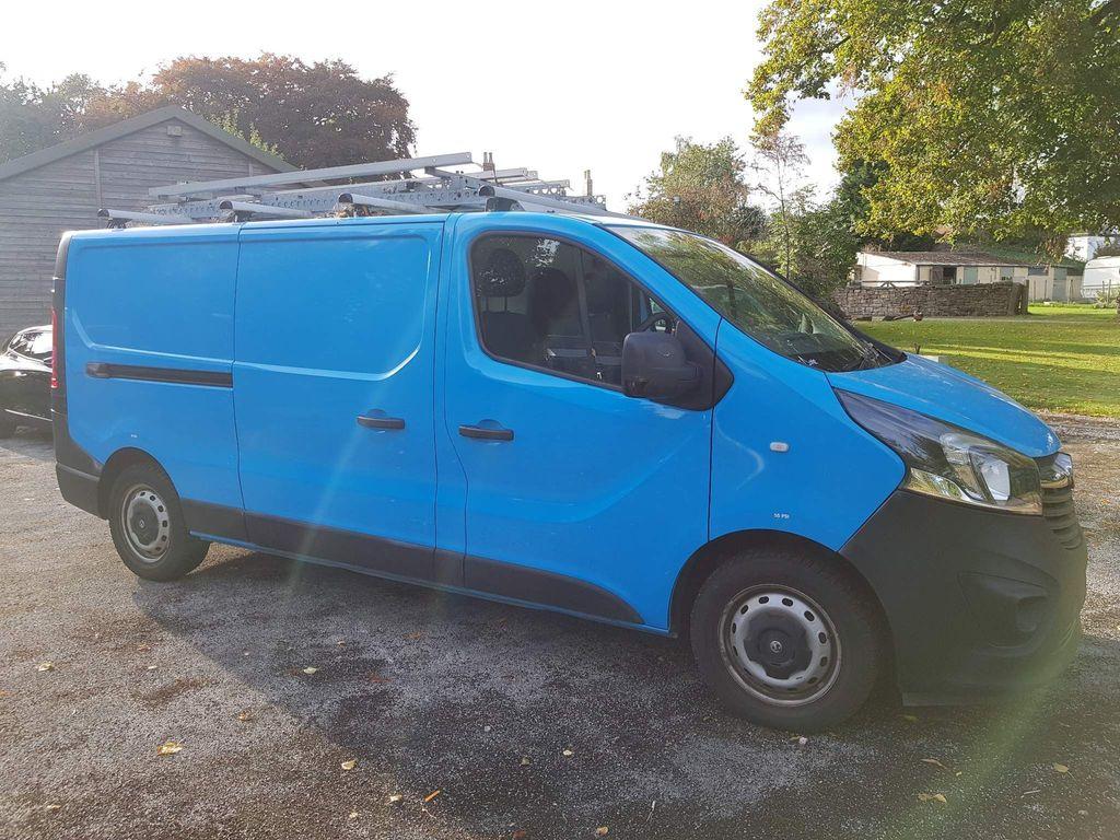 Vauxhall Vivaro Panel Van 1.6 CDTi 2900 BiTurbo ecoFLEX L2 H1 EU5 (s/s) 5dr