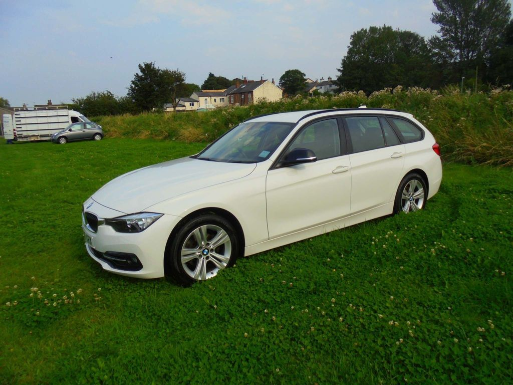 BMW 3 Series Estate 2.0 320i Sport Touring Auto (s/s) 5dr