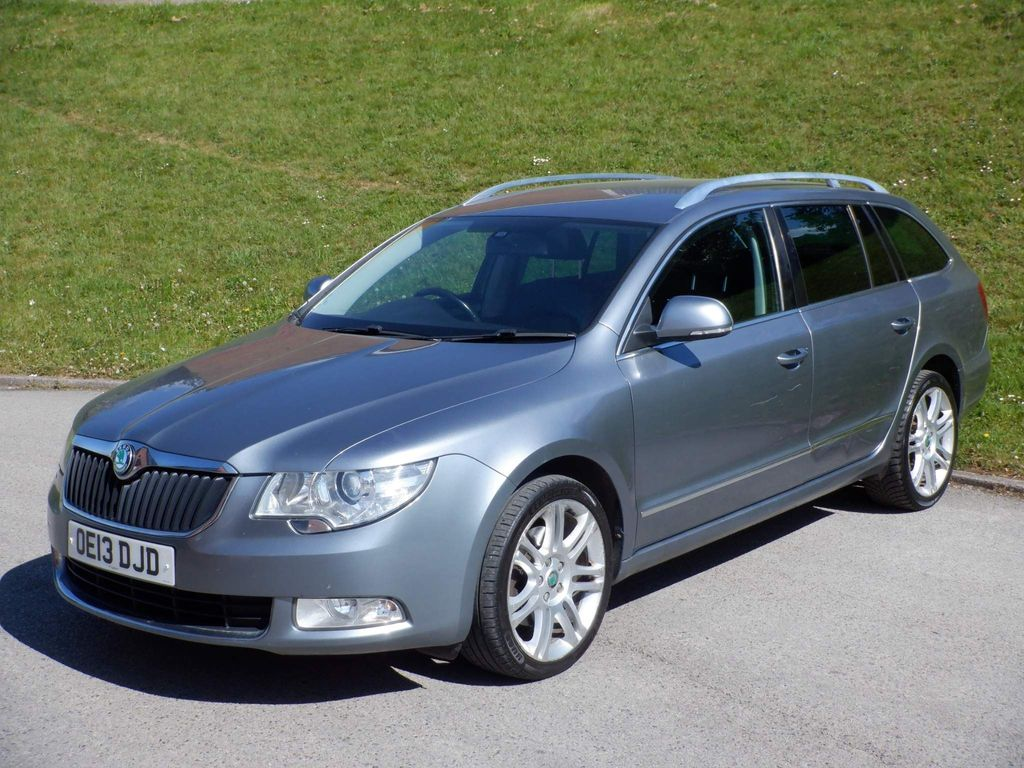SKODA Superb Estate 2.0 TDI CR DPF Elegance 4x4 5dr