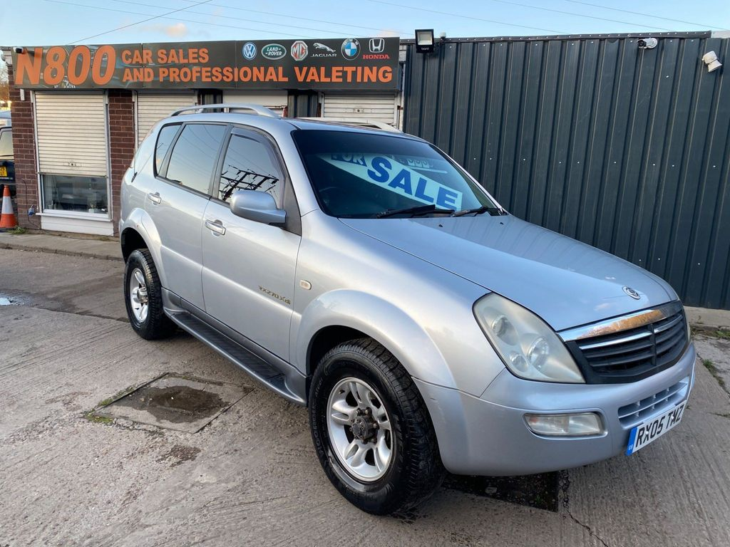 SsangYong Rexton SUV 2.7 TD RX 270 SE 5dr (7 seat)