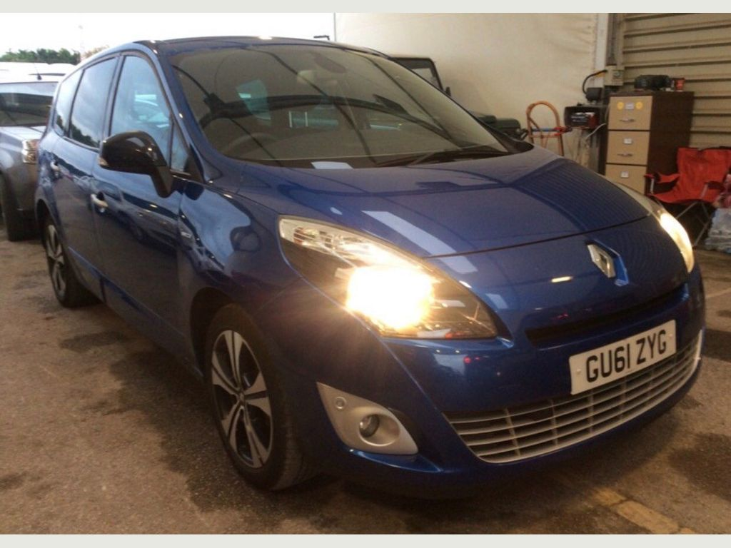 Renault Grand Scenic MPV 1.5 TD Dynamique TomTom 5dr