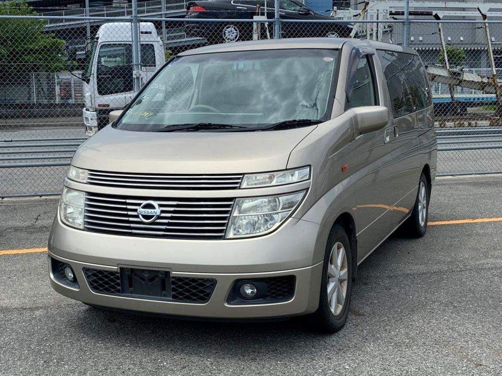 Nissan Elgrand MPV X 3.5 petrol automatic 8 seats