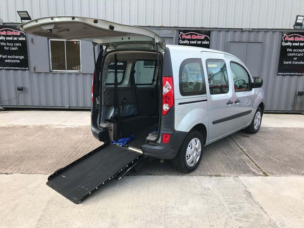 Renault Kangoo MPV 1.6 16V Extreme Auto 5dr