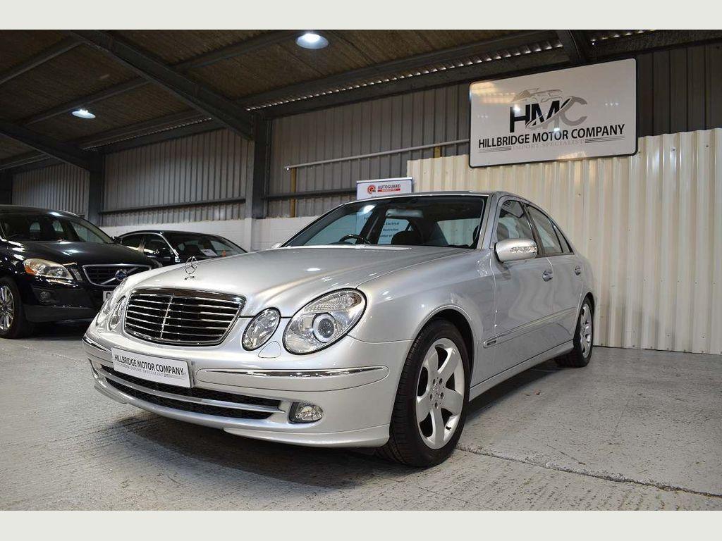 Mercedes-Benz E Class Saloon E Class 5.0 E500 Avantgarde G-Tronic 4dr