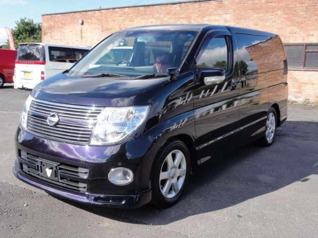 Nissan Elgrand MPV HWS LEATHER SUNROOFS