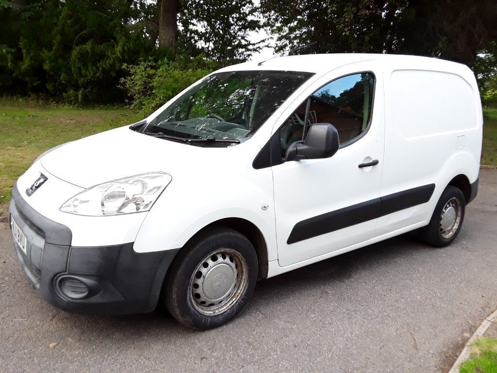 Peugeot Partner Panel Van 1.6 HDi S L1 850 Panel Van 4dr Diesel Manual (153 g/km, 90 bhp)