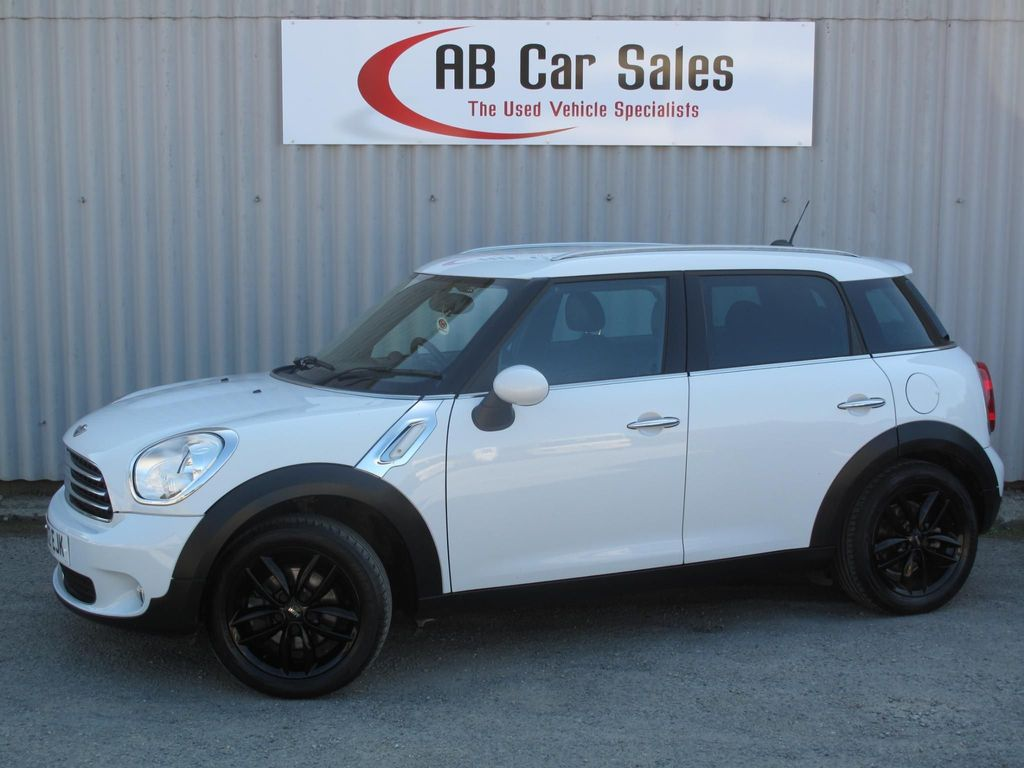 MINI COUNTRYMAN Hatchback 1.6 Cooper D (Pepper) 5dr