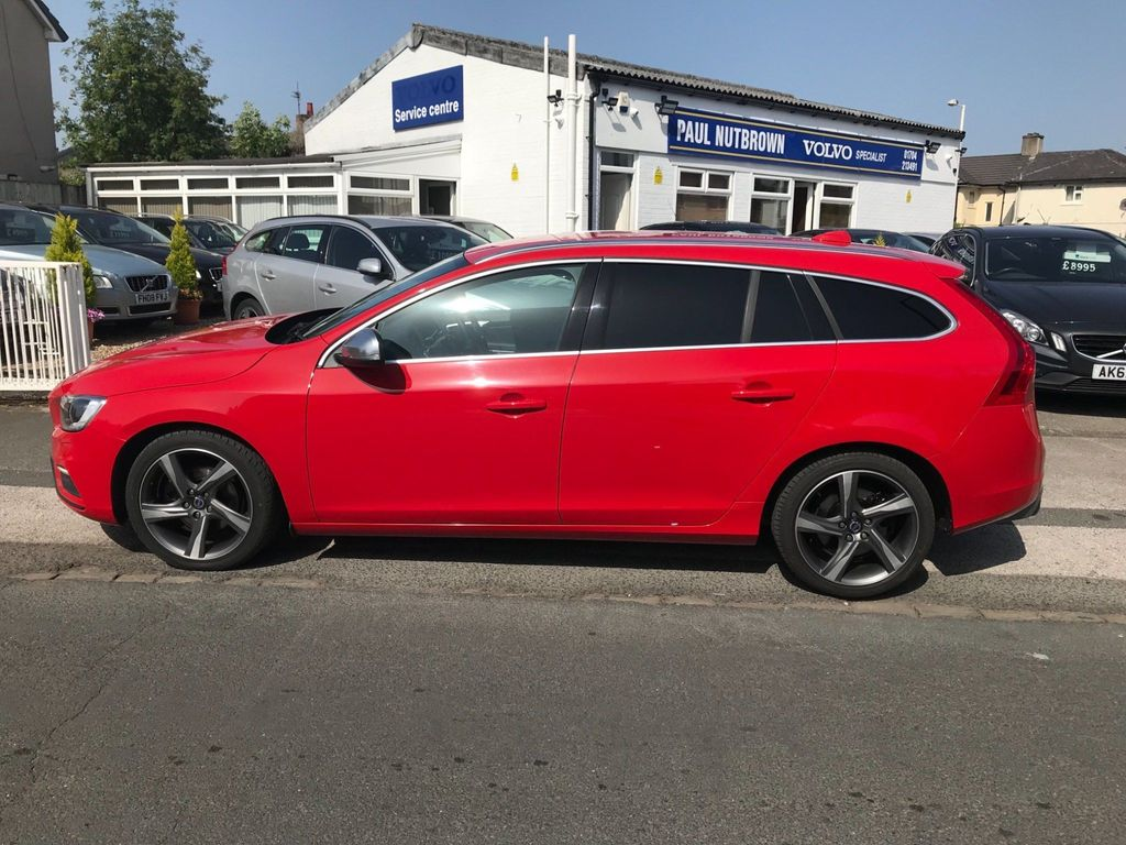 Volvo V60 Estate 1.6 D2 R-Design Lux (s/s) 5dr