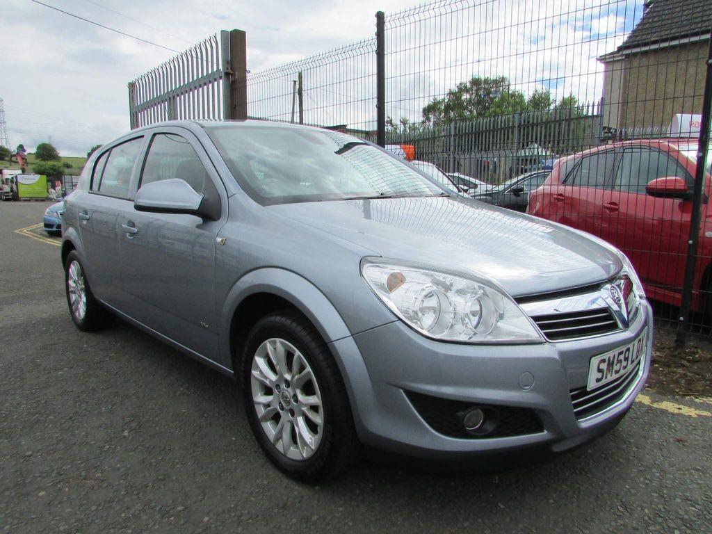 Vauxhall Astra Hatchback 1.4 i 16v Active Plus 5dr