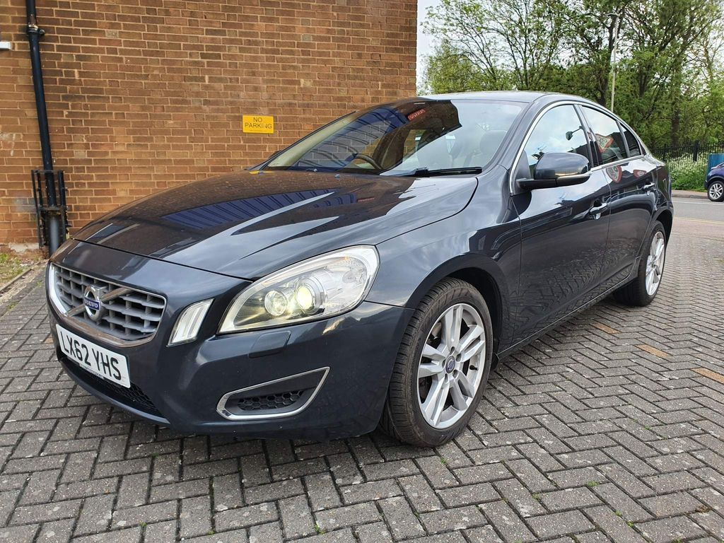 Volvo S60 Saloon 2.0 D4 SE Lux Geartronic 4dr