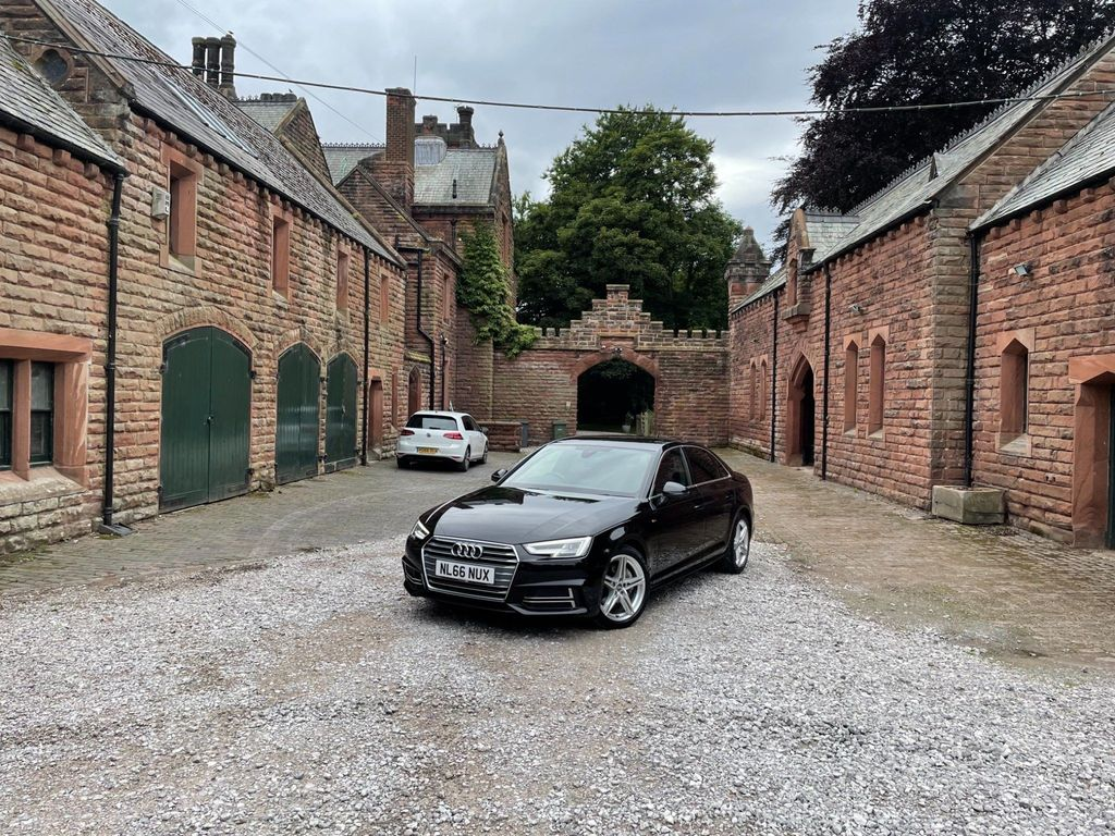 Audi A4 Saloon 2.0 TDI ultra S line (s/s) 4dr