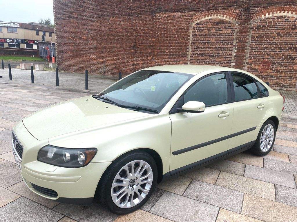 Volvo S40 Saloon 2.0D S 4dr