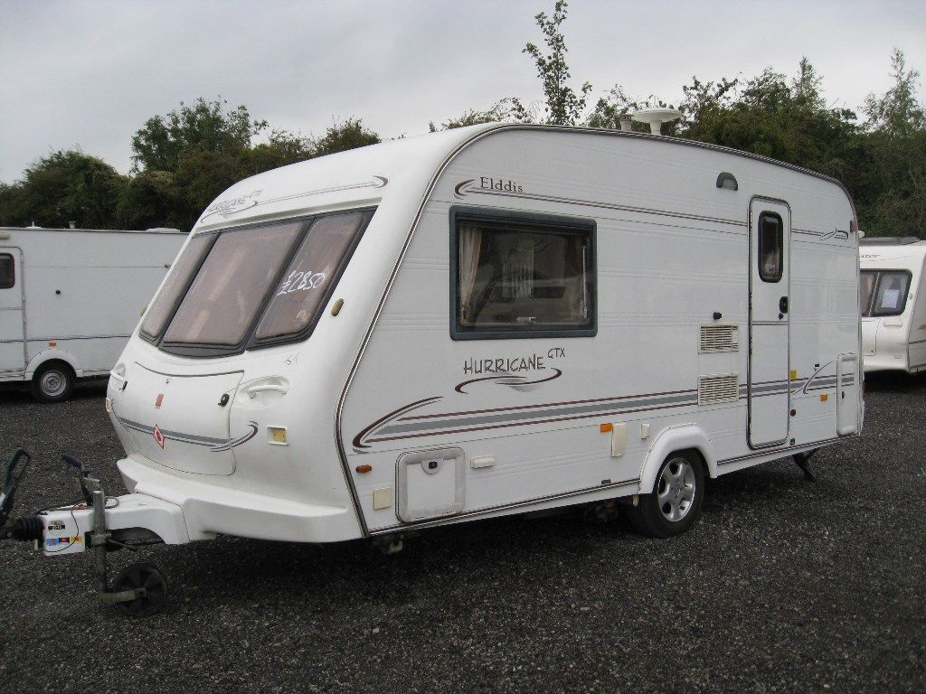 Elddis Hurricane Tourer 2001 2 BERTH WITH MOVERS