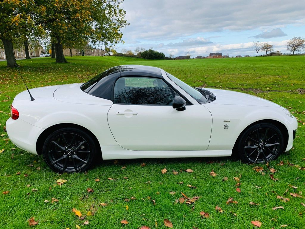 Mazda MX-5 Convertible 2.0i Sport Black Roadster 2dr