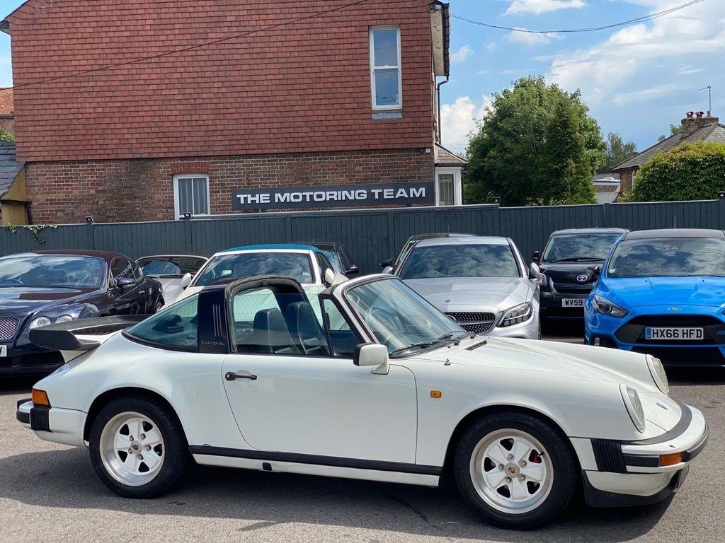 Porsche 911 Coupe 3.0 Classic SC 2dr
