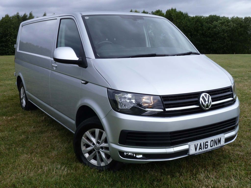 Volkswagen Transporter Panel Van 2.0 TDI T30 BlueMotion Tech Highline FWD LWB EU5 (s/s) 5dr