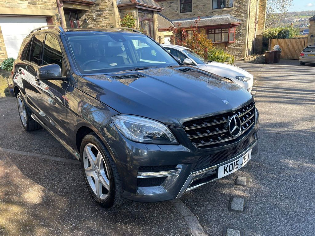 Mercedes-Benz M Class SUV 2.1 ML250 CDI BlueTEC AMG Line 7G-Tronic Plus 4MATIC 5dr