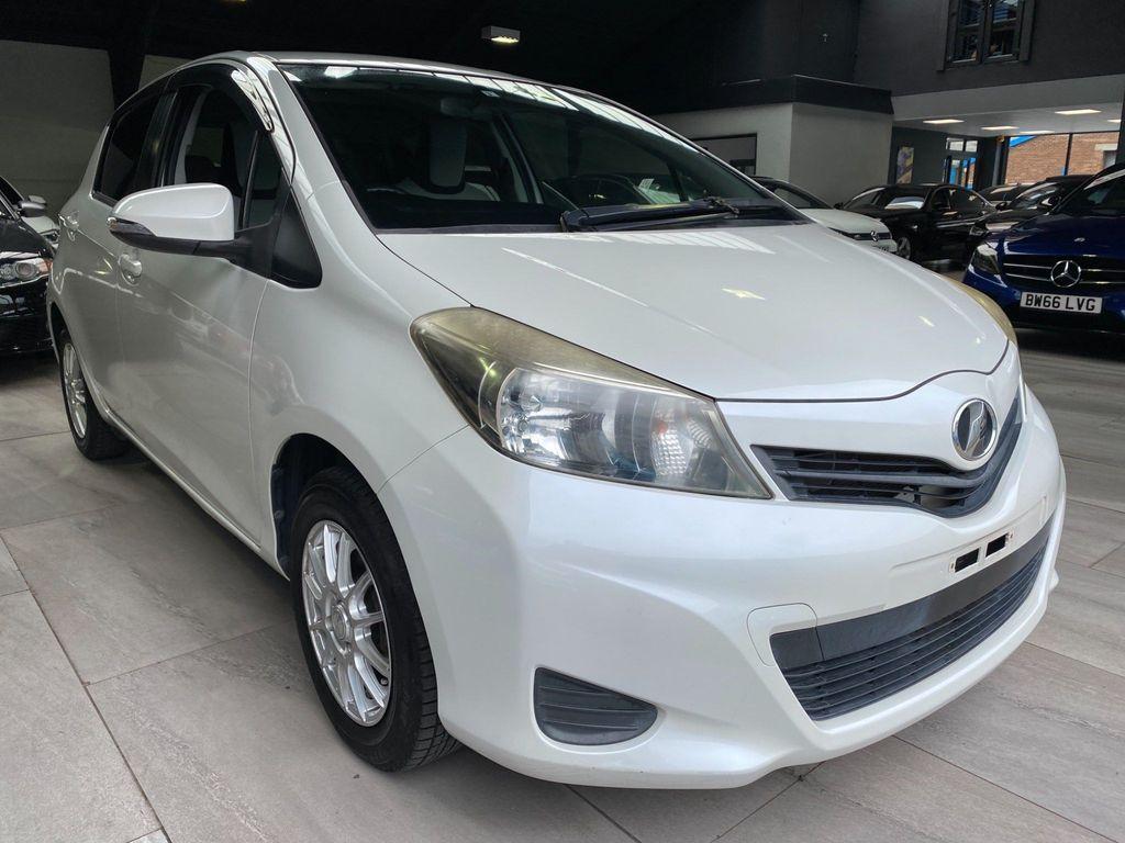 Toyota Yaris Hatchback 1.3 VVTI AUTO