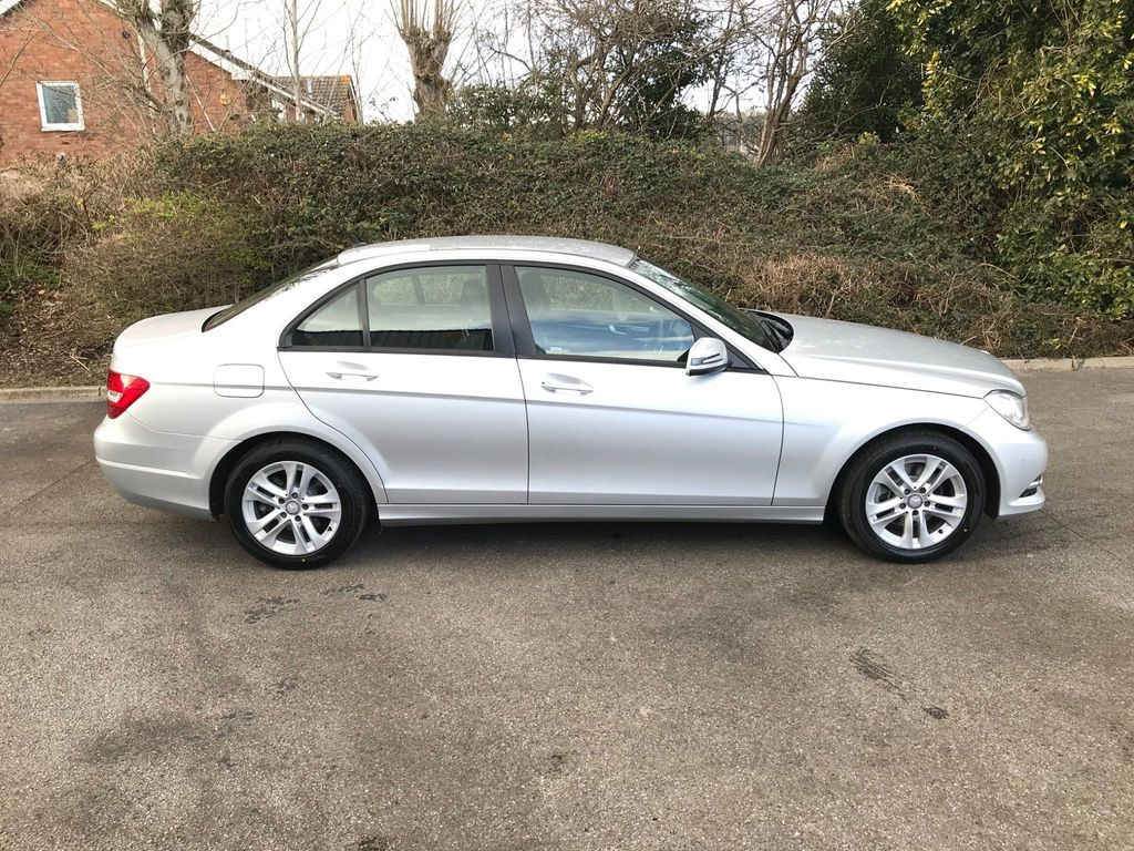 Mercedes-Benz C Class Saloon 2.1 C220 CDI SE (Executive) 7G-Tronic Plus 4dr