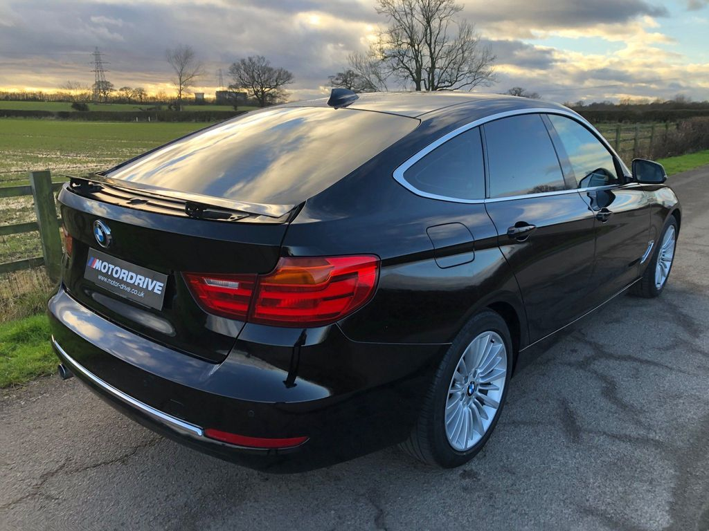 BMW 3 Series Gran Turismo Hatchback 2.0 318d Luxury GT (s/s) 5dr