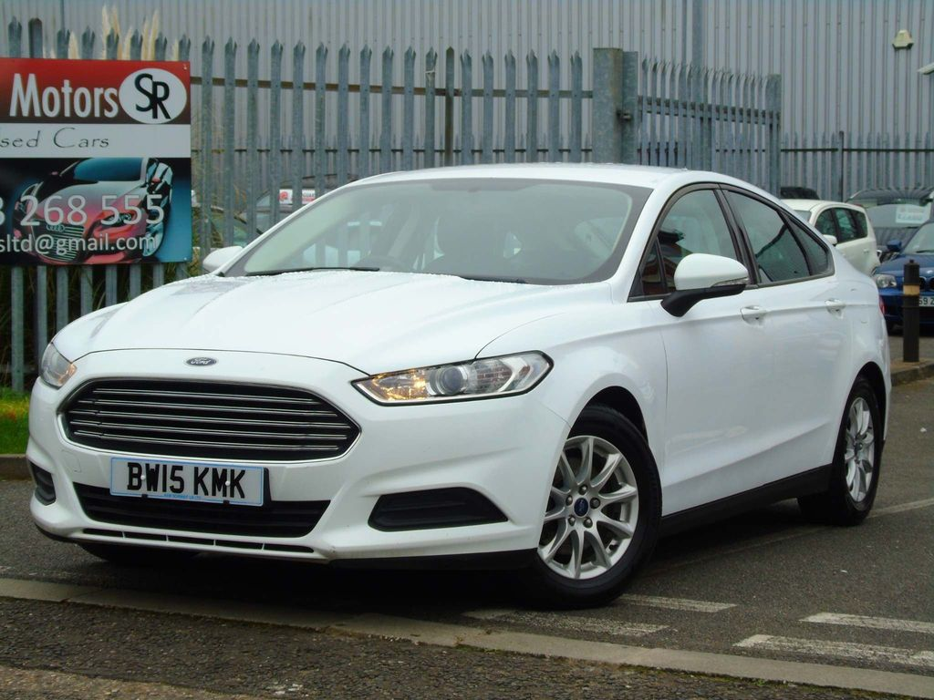 Ford Mondeo Hatchback 1.6 TDCi ECOnetic Style (s/s) 5dr