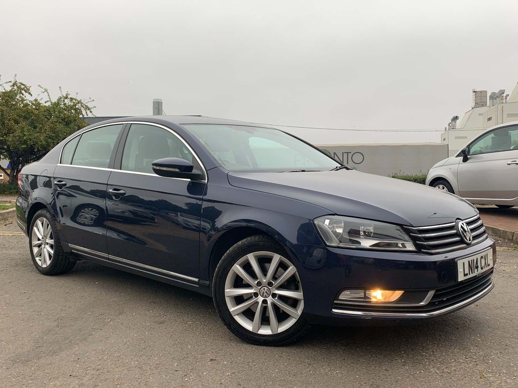 Volkswagen Passat Saloon 1.6 TDI BlueMotion Tech Executive (s/s) 4dr