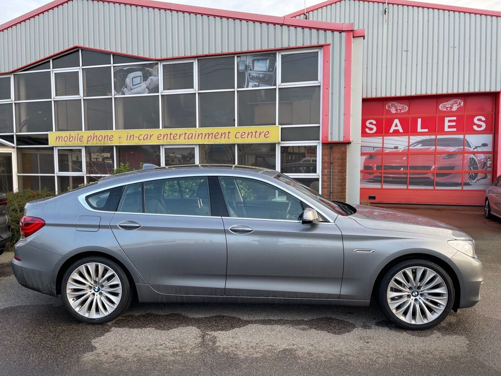 BMW 5 Series Gran Turismo Hatchback 3.0 530d Luxury GT Auto 5dr