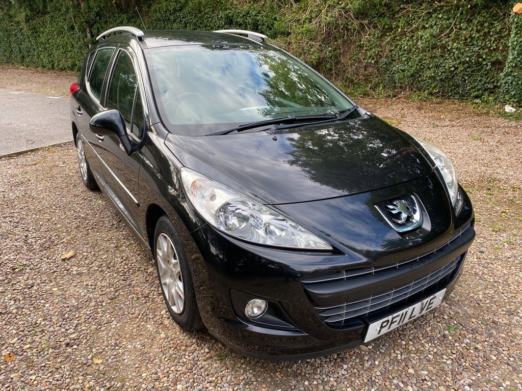 Peugeot 207 SW Estate 1.4 VTi Active 5dr